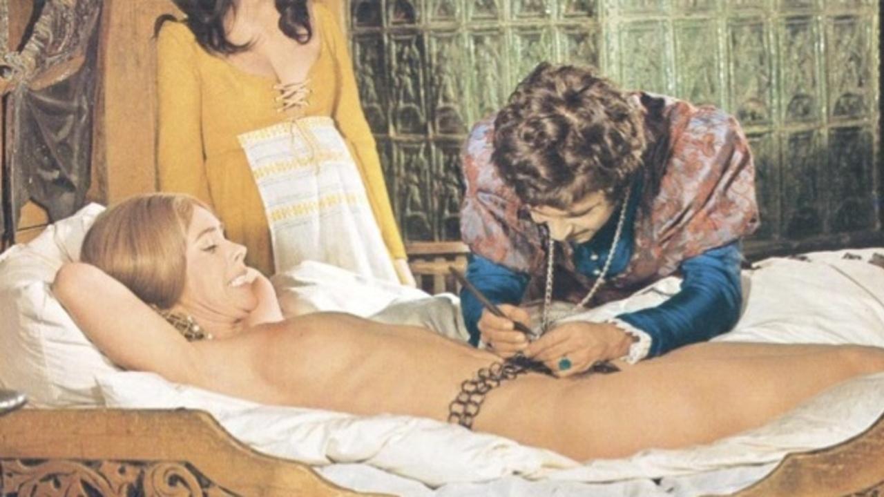 Eleonore Leipert Nude Photos 100