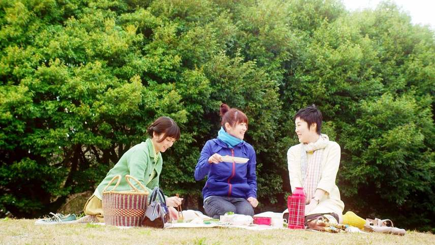 Sue, Mai & Sawa: Righting the Girl Ship
