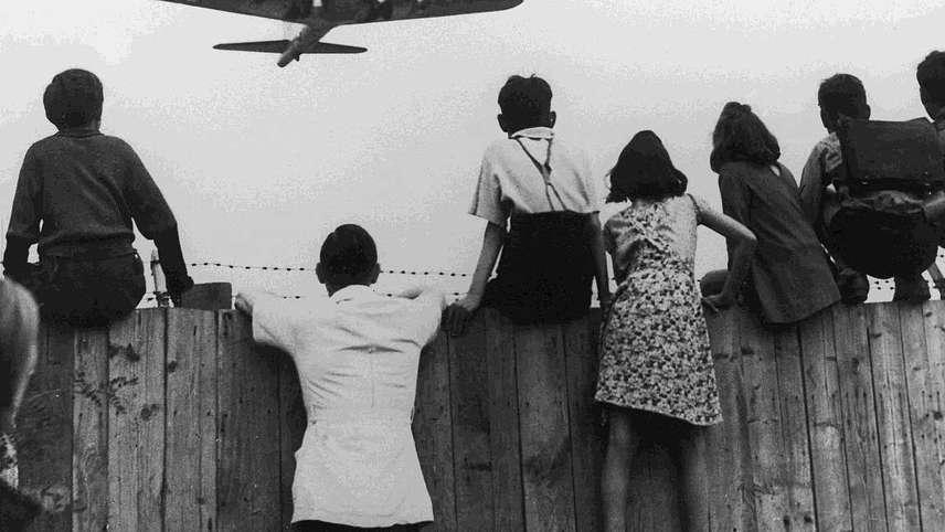 Operation Proviant - Propagandaschlacht Berliner Luftbrücke