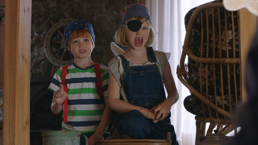Casper and Emma on a Treasure Hunt