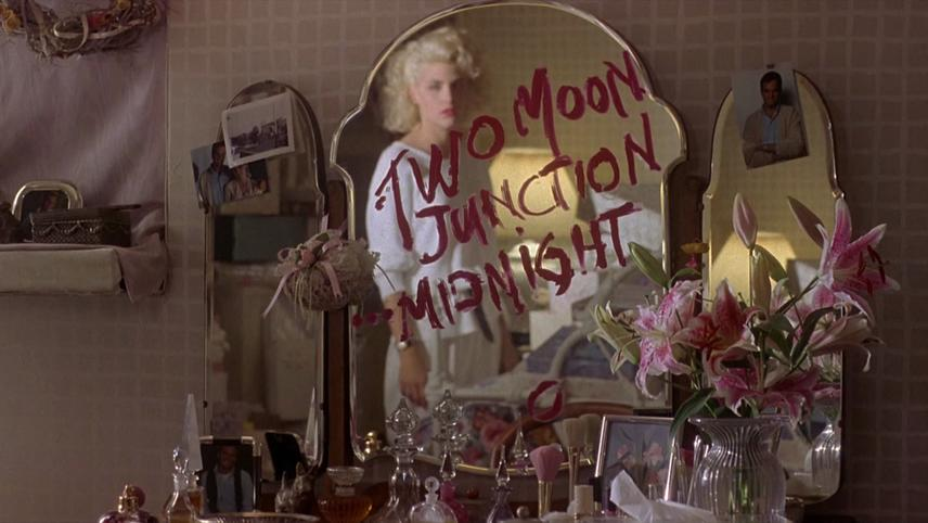 Two Moon Junction - Fesseln der Leidenschaft