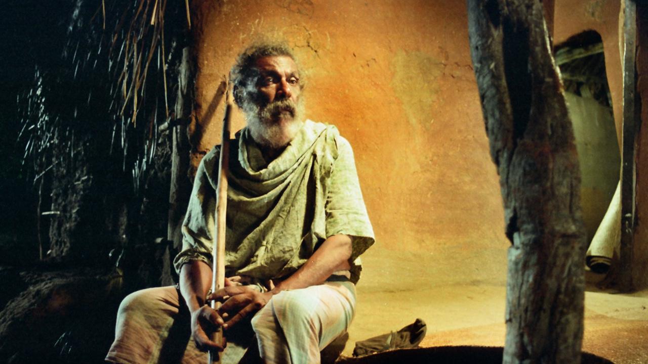Purahanda Kaluwara Death on a Full Moon Day 1998 MUBI