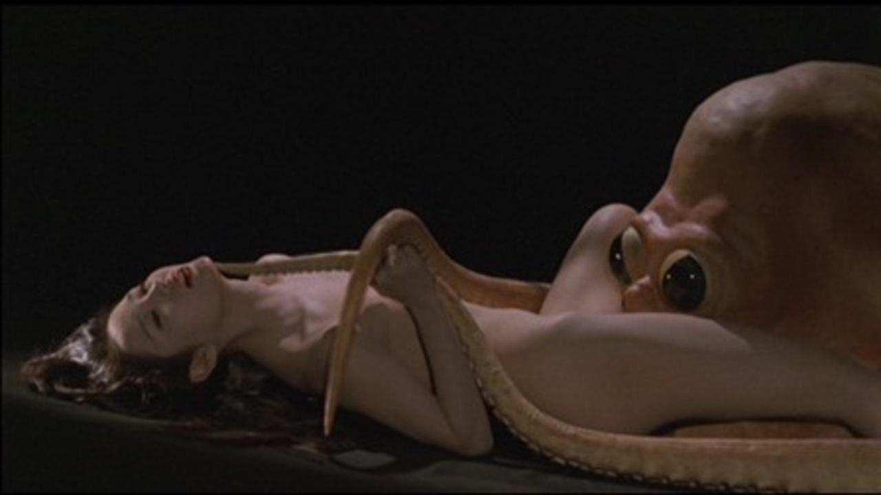 Порно с осьминога 1995