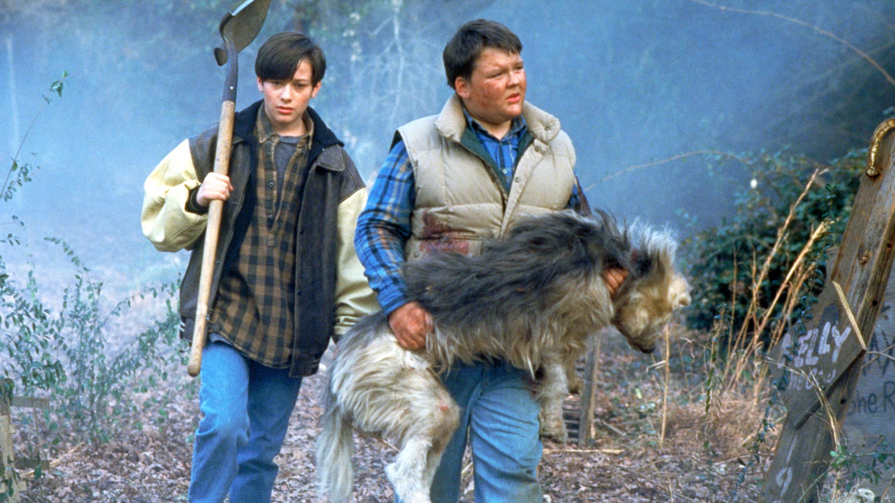pet sematary Sometimes dead is better, but hollywood must rest on an ancient burial ground, because nothing ever truly stays dead for long the latest property to rise from its grave like a demonic child is stephen king's pet sematary.