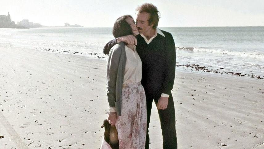 Intercambio de parejas frente al mar