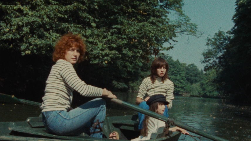 Céline and Julie Go Boating