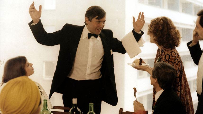 Waiter, Scarper!
