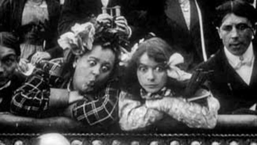 Rosalie et Léontine vont au théâtre