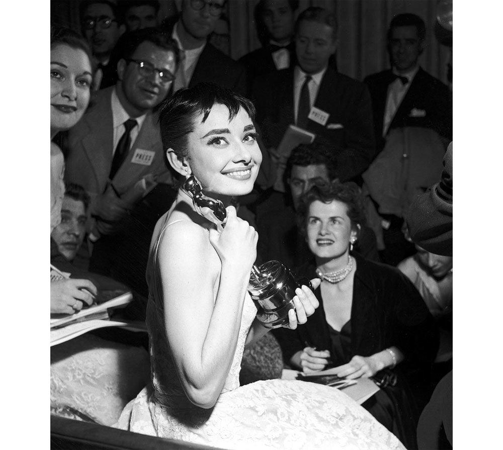 Audrey Hepburn and her Oscar