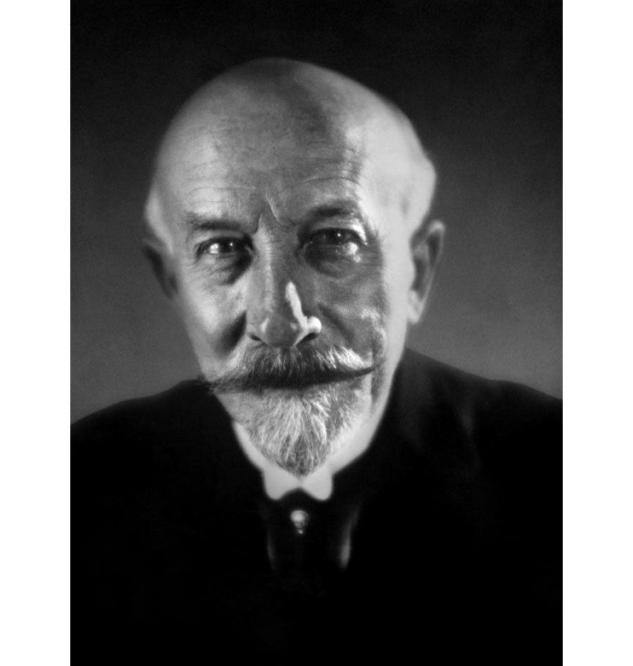 the works of georges melies the pioneer in making fantasy films Discover georges méliès, a stalwart of early cinema and his pioneering works  that paved the way for special effects, magic and adventure in.